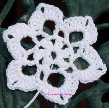 Fl07 English Womens Crochet Pattern Crocheted Flowers