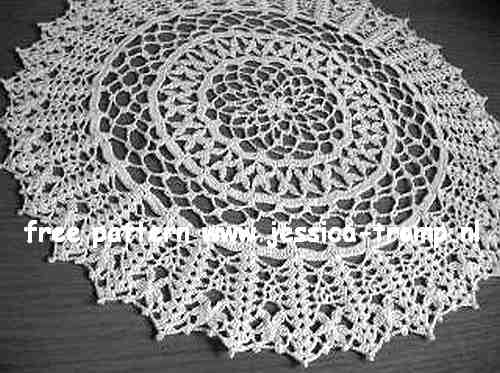 Rice stitch Delight English crochet pattern vintage doily free doilies