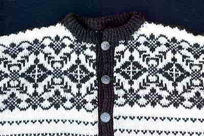 4e5d656d208572 Ladies cardigan sweater 2 HANDKNIT snowrose sweater Handknit Norwegian ...